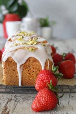 Erdbeer-Pistazien-Kastenkuc
