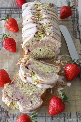 Erdbeer-Pistazien-Kuchen-7