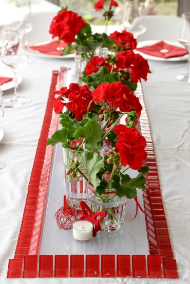 Red-Dinner-Table