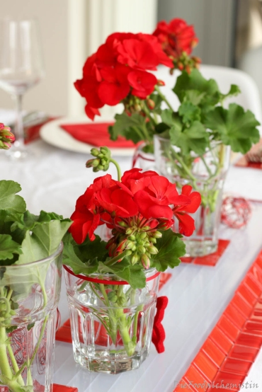 Red-Dinner-Table3