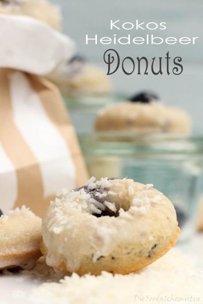 Kokos-Heidelbeer-Donuts4.jpg
