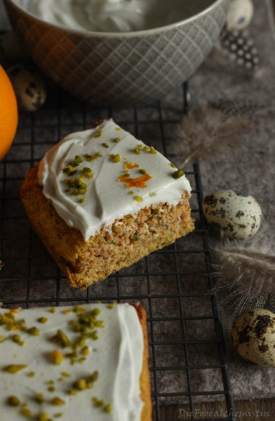 Carrot-Cake-Low-Carb2