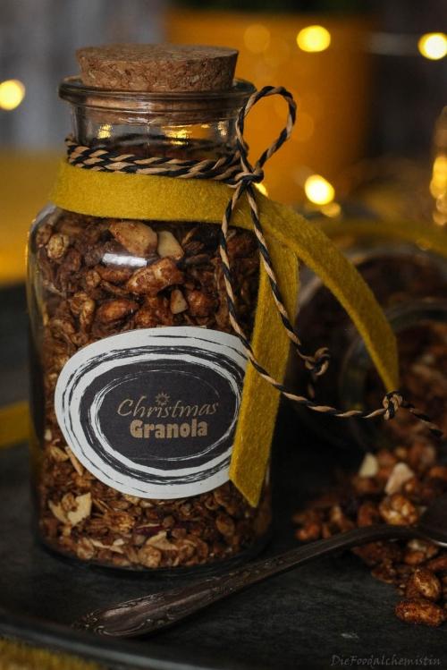 Christmas-Granola1