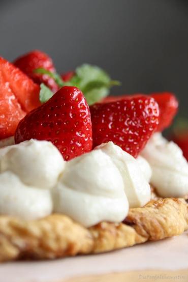 Erdbeer-Rad-Ricottacreme3