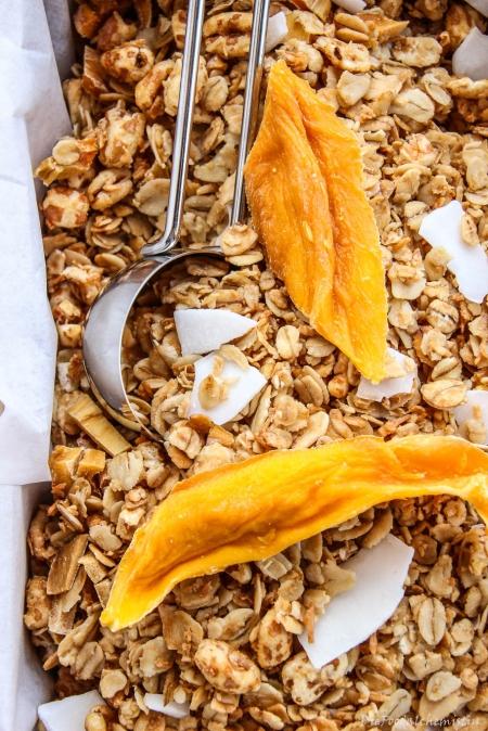 Mango-Kokos-Granola3