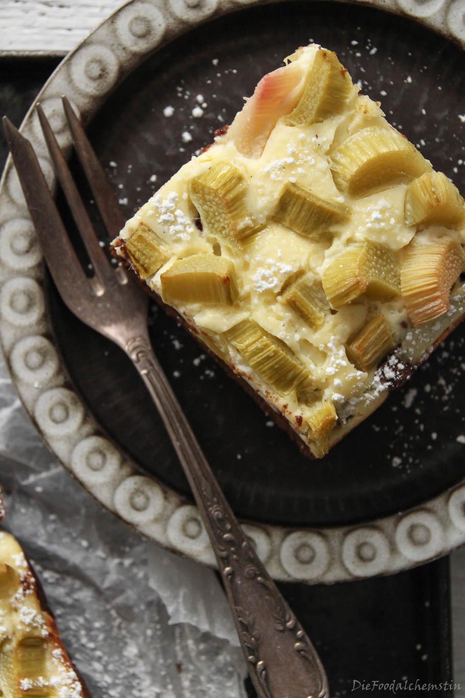 Rhabarber-Cheesecake-Browni