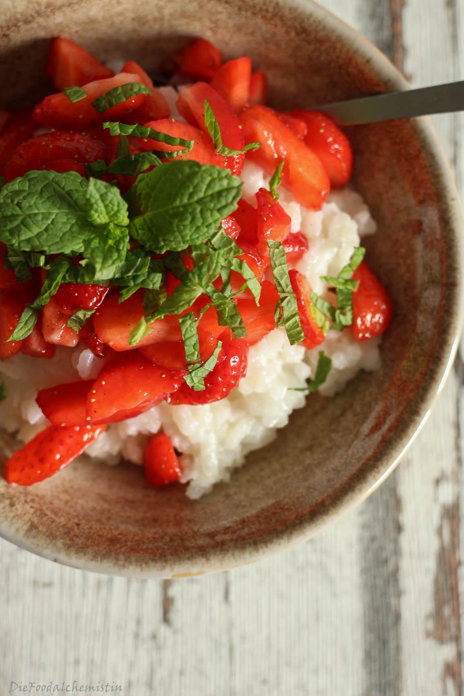 Kokosmilchreis+Erdbeeren2