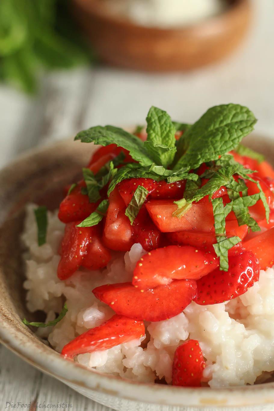 Kokosmilchreis+Erdbeeren3