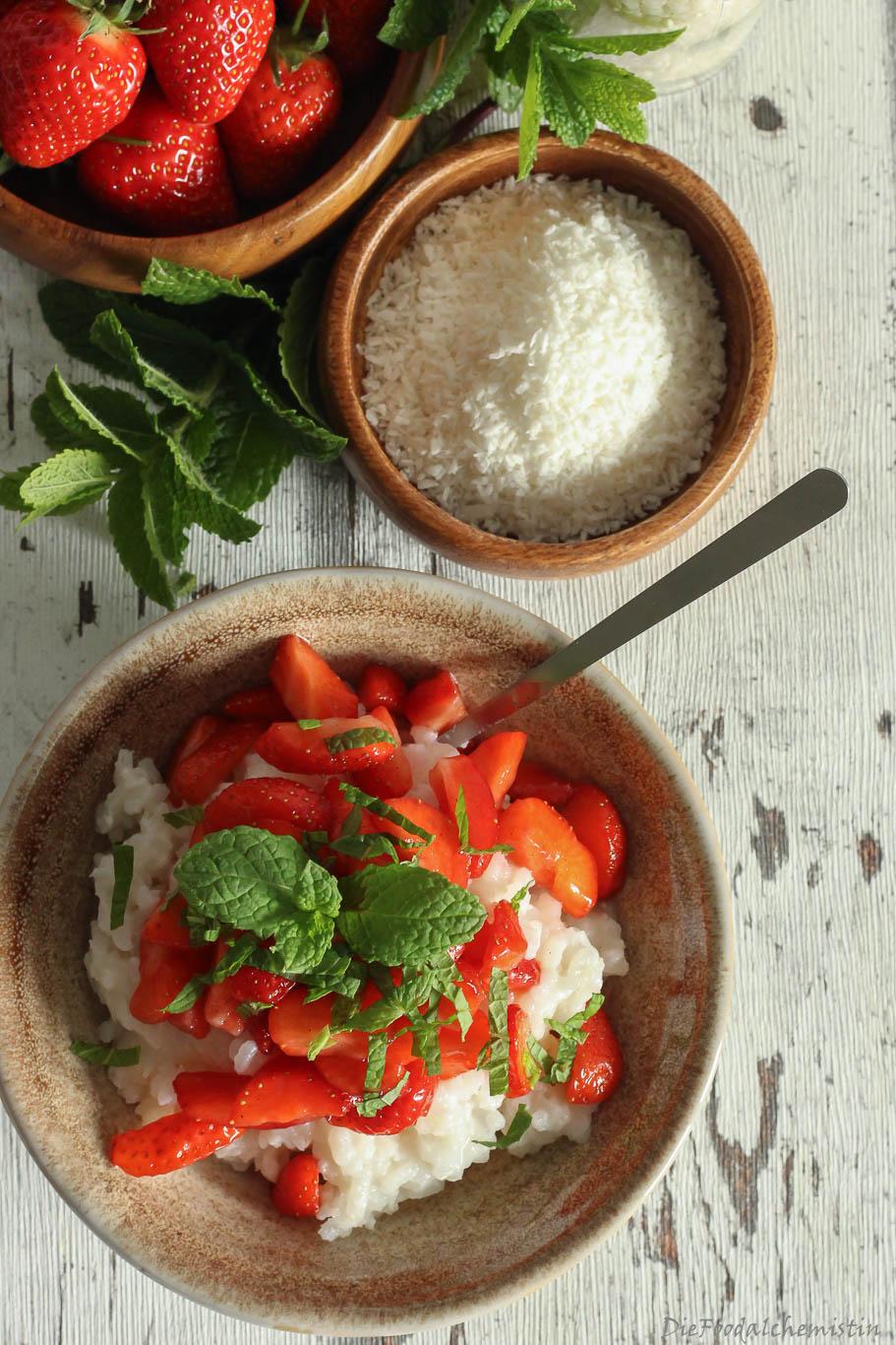 Kokosmilchreis+Erdbeeren4